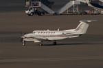 banshee02さんが、羽田空港で撮影したノエビア B300の航空フォト(飛行機 写真・画像)