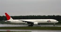 にしやんさんが、新千歳空港で撮影した日本航空 777-346の航空フォト(飛行機 写真・画像)