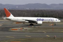 planetさんが、新千歳空港で撮影した日本航空 777-246の航空フォト(飛行機 写真・画像)