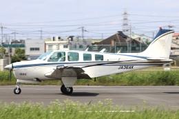 Hii82さんが、八尾空港で撮影したエアロスペースナガノ A36 Bonanza 36の航空フォト(飛行機 写真・画像)
