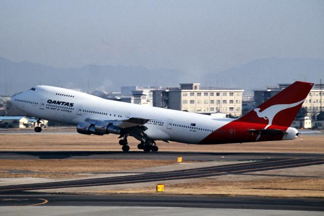 なごやんさんが、名古屋飛行場で撮影したカンタス航空 747-238Bの航空フォト(飛行機 写真・画像)