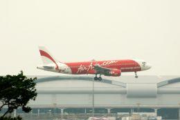 まいけるさんが、スワンナプーム国際空港で撮影したエアアジア A320-216の航空フォト(飛行機 写真・画像)