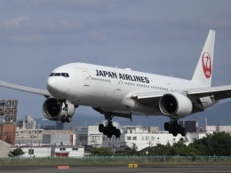 Fly Yokotayaさんが、伊丹空港で撮影した日本航空 777-289の航空フォト(飛行機 写真・画像)