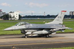 KANTO61さんが、横田基地で撮影したアメリカ空軍 F-16CM-50-CF Fighting Falconの航空フォト(飛行機 写真・画像)