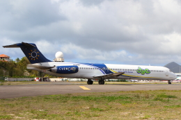 AkilaYさんが、プリンセス・ジュリアナ国際空港で撮影したダッチ・アンティル・エクスプレス MD-83 (DC-9-83)の航空フォト(飛行機 写真・画像)