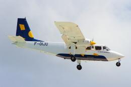 AkilaYさんが、プリンセス・ジュリアナ国際空港で撮影したセント・バース・コミューター BN-2 Islanderの航空フォト(飛行機 写真・画像)