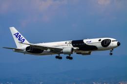 rokko2000さんが、関西国際空港で撮影した全日空 767-381/ERの航空フォト(飛行機 写真・画像)