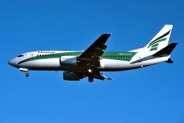パール大山さんが、ロンドン・ガトウィック空港で撮影したトランサヴィア 737-3K2の航空フォト(飛行機 写真・画像)