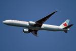 Cozy Gotoさんが、成田国際空港で撮影したエア・カナダ 777-333/ERの航空フォト(飛行機 写真・画像)
