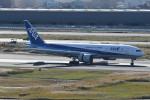 kuro2059さんが、羽田空港で撮影した全日空 777-281の航空フォト(飛行機 写真・画像)
