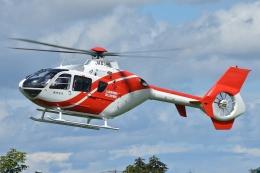 ブルーさんさんが、クロスランドおやべ で撮影した北國新聞社 EC135T2の航空フォト(飛行機 写真・画像)