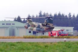 AWACSさんが、茨城空港で撮影した航空自衛隊 CH-47J/LRの航空フォト(飛行機 写真・画像)