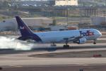 キャスバルさんが、フェニックス・スカイハーバー国際空港で撮影したフェデックス・エクスプレス 767-3S2F/ERの航空フォト(飛行機 写真・画像)