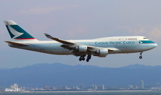 RINA-281さんが、関西国際空港で撮影したキャセイパシフィック航空 747-412(BCF)の航空フォト(飛行機 写真・画像)