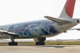 jombohさんが、那覇空港で撮影した日本航空 777-346の航空フォト(飛行機 写真・画像)