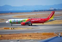リュウキさんが、関西国際空港で撮影したベトジェットエア A321-271Nの航空フォト(飛行機 写真・画像)