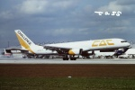 tassさんが、マイアミ国際空港で撮影したチャレンジ・エア・カーゴ 757-23APFの航空フォト(飛行機 写真・画像)