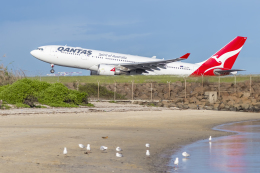 mameshibaさんが、シドニー国際空港で撮影したカンタス航空 A330-202の航空フォト(飛行機 写真・画像)