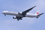 TOPAZ102さんが、伊丹空港で撮影した日本航空 777-346の航空フォト(飛行機 写真・画像)