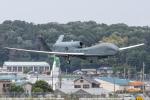KANTO61さんが、横田基地で撮影したアメリカ空軍 RQ-4B-40 Global Hawkの航空フォト(飛行機 写真・画像)