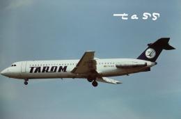 tassさんが、ロンドン・ヒースロー空港で撮影したタロム航空 BAC-111-525FT One-Elevenの航空フォト(飛行機 写真・画像)