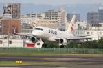 Fly Yokotayaさんが、伊丹空港で撮影したジェイ・エア ERJ-170-100 (ERJ-170STD)の航空フォト(飛行機 写真・画像)