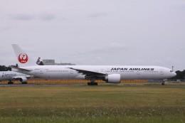 Mr.boneさんが、成田国際空港で撮影した日本航空 777-346/ERの航空フォト(飛行機 写真・画像)