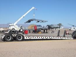 タンさんが、フェニックス・メサ ゲートウェイ空港で撮影したアメリカ海兵隊 AV-8A Harrierの航空フォト(飛行機 写真・画像)