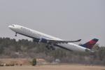 turenoアカクロさんが、成田国際空港で撮影したデルタ航空 A330-302の航空フォト(飛行機 写真・画像)