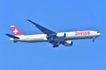 Hiro Satoさんが、スワンナプーム国際空港で撮影したスイスインターナショナルエアラインズ 777-3DE/ERの航空フォト(飛行機 写真・画像)