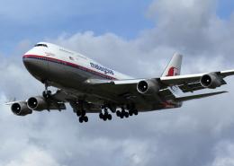 tuckerさんが、ロンドン・ヒースロー空港で撮影したマレーシア航空 747-4H6の航空フォト(飛行機 写真・画像)