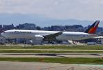 あしゅーさんが、福岡空港で撮影したフィリピン航空 777-3F6/ERの航空フォト(飛行機 写真・画像)