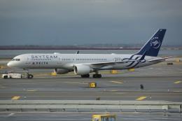 nobu2000さんが、ジョン・F・ケネディ国際空港で撮影したデルタ航空 757-231の航空フォト(飛行機 写真・画像)