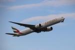 さもんほうさくさんが、成田国際空港で撮影したエミレーツ航空 777-31H/ERの航空フォト(飛行機 写真・画像)