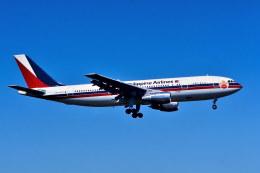 パール大山さんが、成田国際空港で撮影したフィリピン航空 A300B4-203の航空フォト(飛行機 写真・画像)