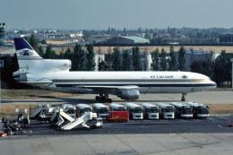 パール大山さんが、パリ オルリー空港で撮影したアイスランド航空 L-1011-385-1 TriStar 1の航空フォト(飛行機 写真・画像)