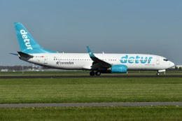 nobu2000さんが、アムステルダム・スキポール国際空港で撮影したコレンドン・エアラインズ 737-8S3の航空フォト(飛行機 写真・画像)