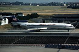 パール大山さんが、パリ オルリー空港で撮影したJAT ユーゴスラビア航空 727-2H9/Advの航空フォト(飛行機 写真・画像)