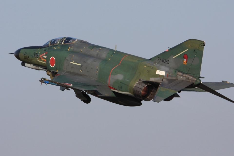 F-4さんの航空自衛隊 Mitsubishi RF-4EJ Phantom II (77-6392) 航空フォト
