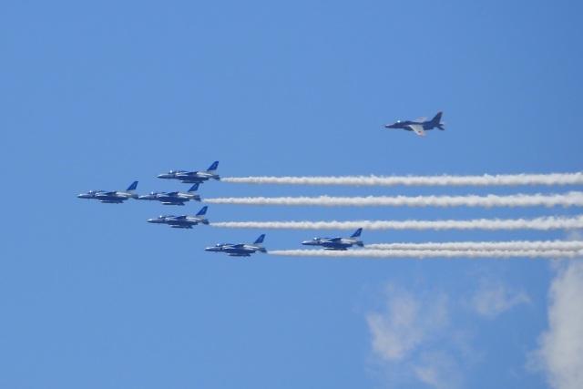 飛行機ゆうちゃんさんが、松島基地で撮影した航空自衛隊 T-4の航空フォト(飛行機 写真・画像)