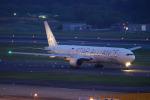 ちゃぽんさんが、成田国際空港で撮影したシンガポール航空 777-312の航空フォト(飛行機 写真・画像)