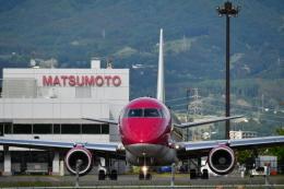 おぶりがーどさんが、松本空港で撮影したフジドリームエアラインズ ERJ-170-200 (ERJ-175STD)の航空フォト(飛行機 写真・画像)