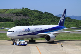 rokko2000さんが、長崎空港で撮影した全日空 777-281の航空フォト(飛行機 写真・画像)