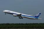 FIT01さんが、新千歳空港で撮影した全日空 777-381/ERの航空フォト(飛行機 写真・画像)