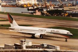 hide716さんが、啓徳空港で撮影したガルフ・エア 767-3P6/ERの航空フォト(飛行機 写真・画像)
