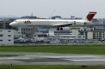 planetさんが、福岡空港で撮影した日本航空 MD-90-30の航空フォト(飛行機 写真・画像)