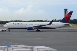 ITM58さんが、ダニエル・K・イノウエ国際空港で撮影したデルタ航空 767-332/ERの航空フォト(飛行機 写真・画像)