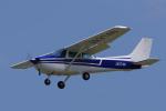 yabyanさんが、名古屋飛行場で撮影した日本個人所有 172Mの航空フォト(飛行機 写真・画像)