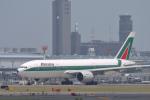 senyoさんが、成田国際空港で撮影したアリタリア航空 777-243/ERの航空フォト(飛行機 写真・画像)