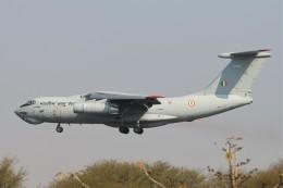 BTYUTAさんが、インディラ・ガンディー国際空港で撮影したインド空軍 Il-76MDの航空フォト(飛行機 写真・画像)